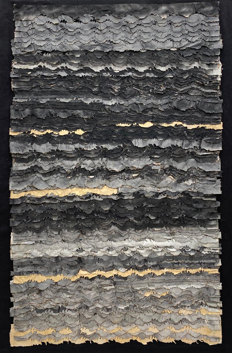 Golden Extinction/2020/Mixed techniques on linen/166x120 cm