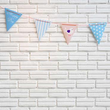 party biela stena pre deti (menší rozmer