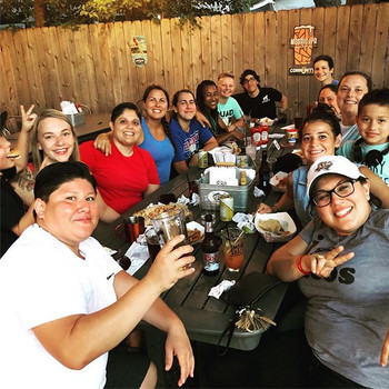 Riveters hanging out _the_pigpen_bar! #womensrugby #sawrugby