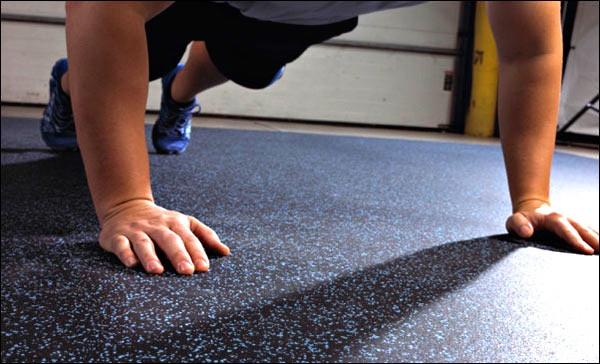 garage-gym-flooring-options-rubber-mats-