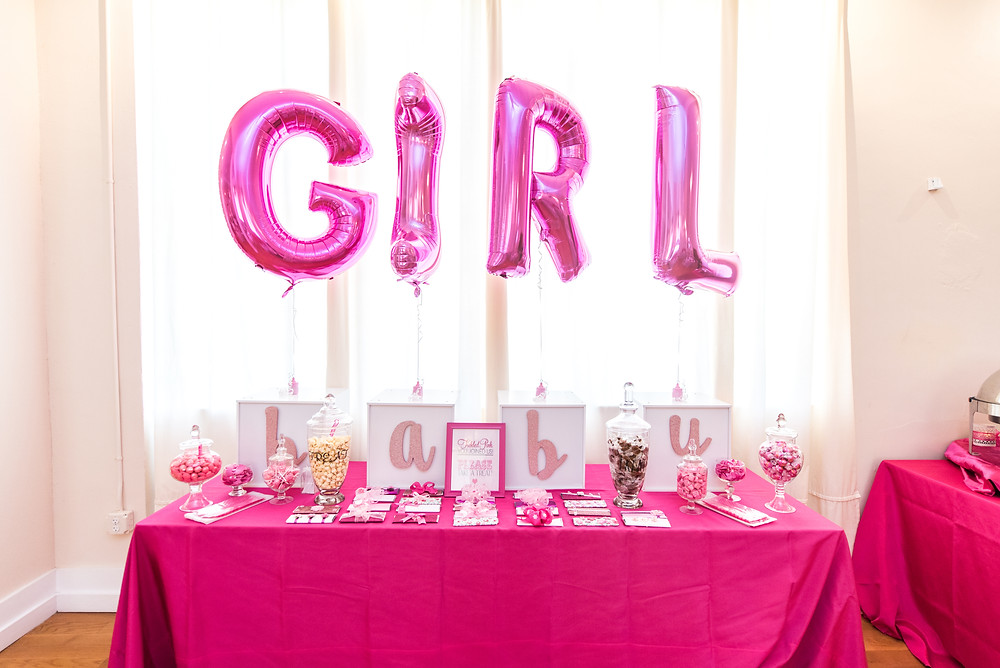 Baby girl ballooon candy bar