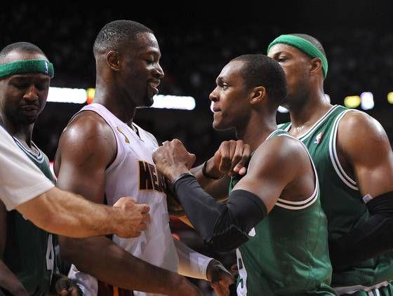 RONDO_NBA_AROUND_THE_GAME
