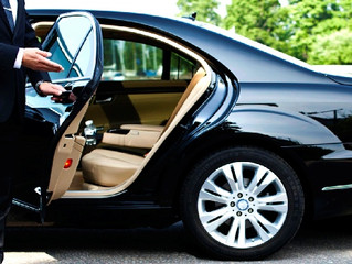 Some of the Features of Luxury Car Service