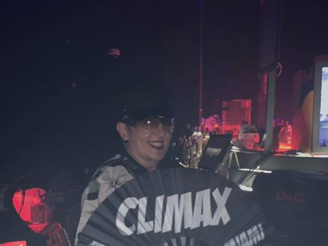 Asun rockin' the climax_Fan!  CLIMAX is