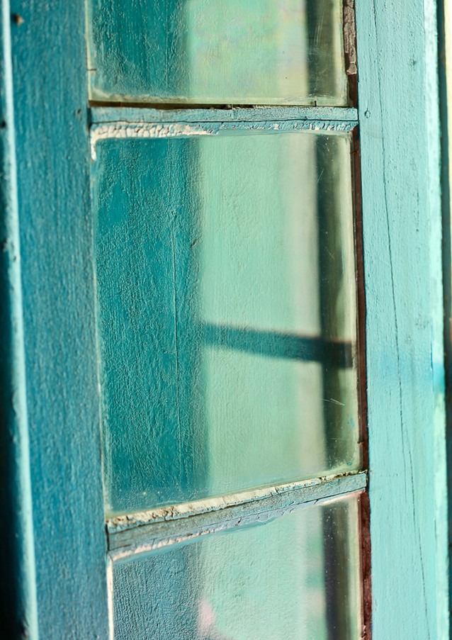 windows to bella vista