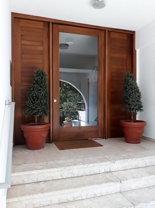 Entrance Door Hawaii Suntan