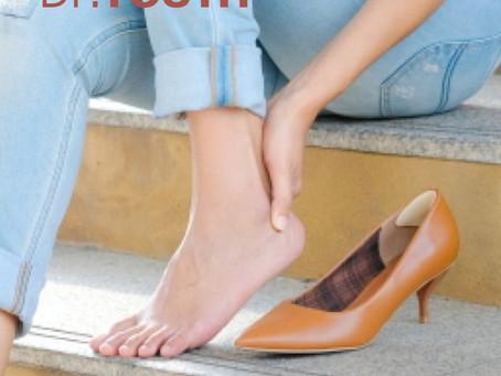 여자친구가 하이힐신은 날 발라주면 좋은 닥터유스 아로마롤온 천연오일! Apply Dr.YOUTH Oil when you wear high-heels!