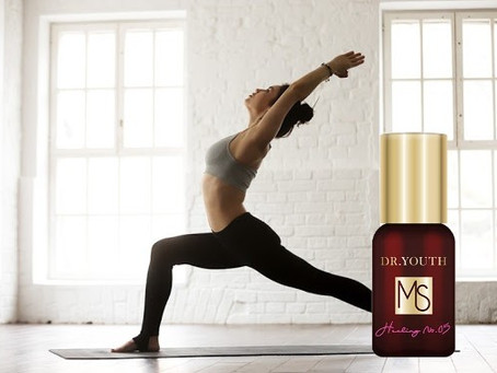 The best easy roll-on oil for yoga, golf and pilates is Dr.YOUTH Aroma Roll-on oil.