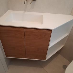 כיור קוריאן לאמבטיה ארון פתח צדדי מבט על