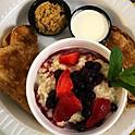 Oatmeal & Berries