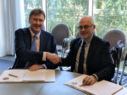 A photo from MORPHEUS Contract signing. Right-Stephen Woodger, UK MoD, Left-Martin Fausset, Elbit Systems UK CEO. Photo Credit: Elbit Systems UK