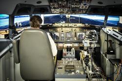 Robotic co-pilot autonomously flies and lands a simulated Boeing 737
