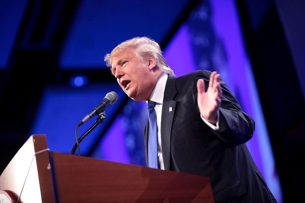 Donald Trump på talerstol