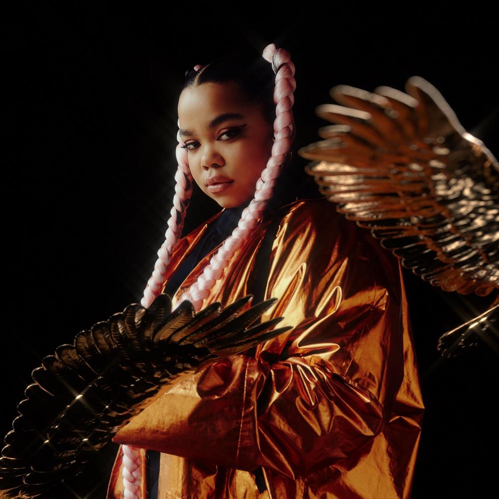 zoe-wees-golden-wings-cover-art
