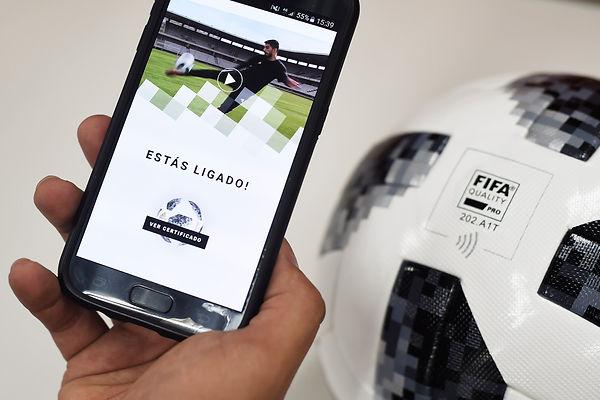 esporte-telstar-bola-20171113-011.jpg