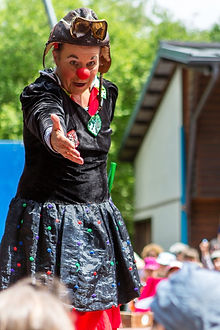 Clown Susi bei Kinderzirkus Robinson