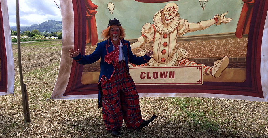 Clown Susi bei Dreharbeiten vom Kinofilm Papa Moll.