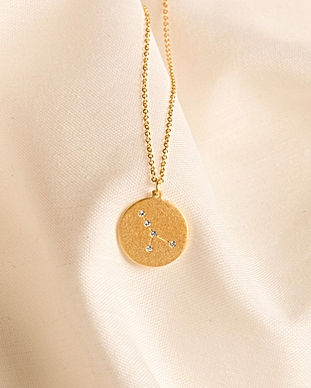 Cancer-constellation-necklace_04_10.jpg
