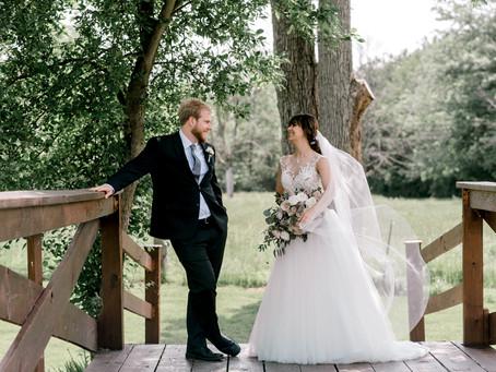 Avon Wedding Barn Wedding | Indianapolis Wedding Photographer | James & Amelia