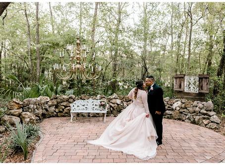 A Shabby Chic Wedding  | Florida Wedding Photographer | Tim & Vanessa