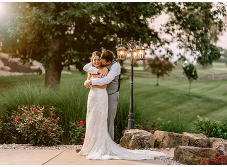 A Rustic Lodge Wedding  | Indiana Wedding Photographer | Jake & Arika