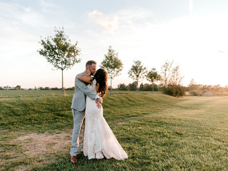 A Zyntango Farm Wedding | Indianapolis Wedding Photographer | Ryan & Emily