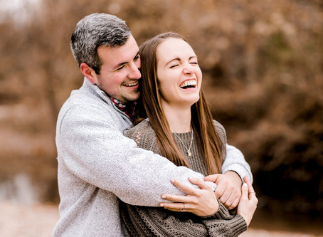 A Pioneer Park engagement Session | Indianapolis Wedding Photographer | Riley & Jen