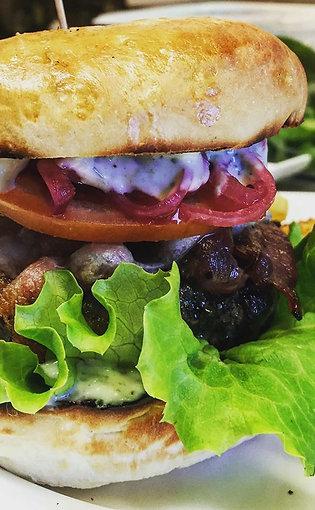 Bison du Nord Bison and Dalew Beef Burger