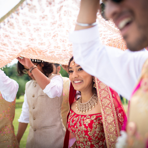 10 Reasons Why you must hire an Image Consultant for your Wedding