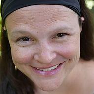 Nili Isenberg headshot.jpeg