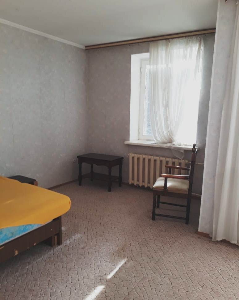 Продажа 4-комнатной квартиры на Университетском