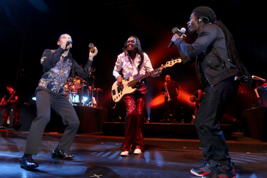 EarthWindFire_MR_02-900x600