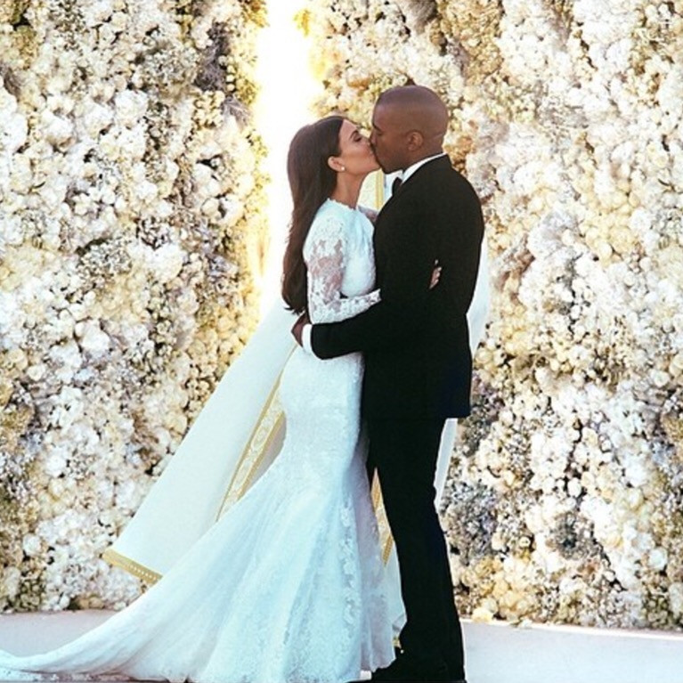 Kim and Kanye West - Flower Wall