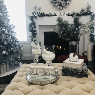 Christmas deco - frieplace, tree and coffee table