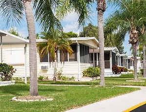 mobile-homes-and-palm-trees_573x300.jpg