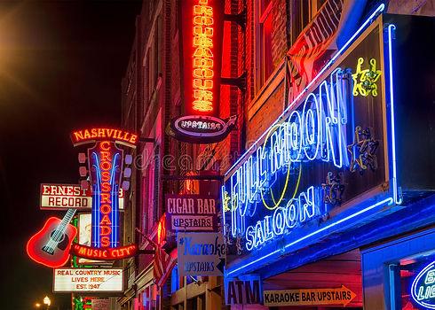 nashville-music-city-downtown-neon-light