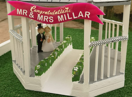 "New Personalised ""Gazebo"" Obstacle for Weddings"