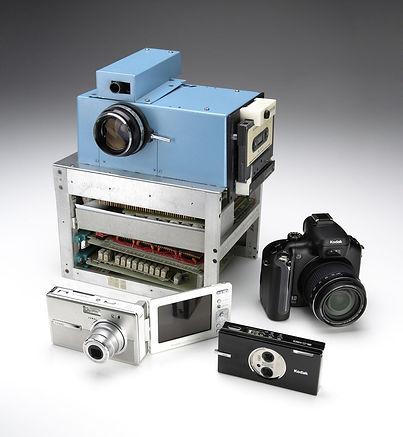 A primeira câmera digital e outros modelos da Kodak