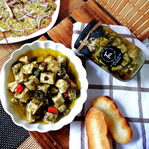 Quesos semi maduros aderezados en hierbas provenzales y aceite de Oliva