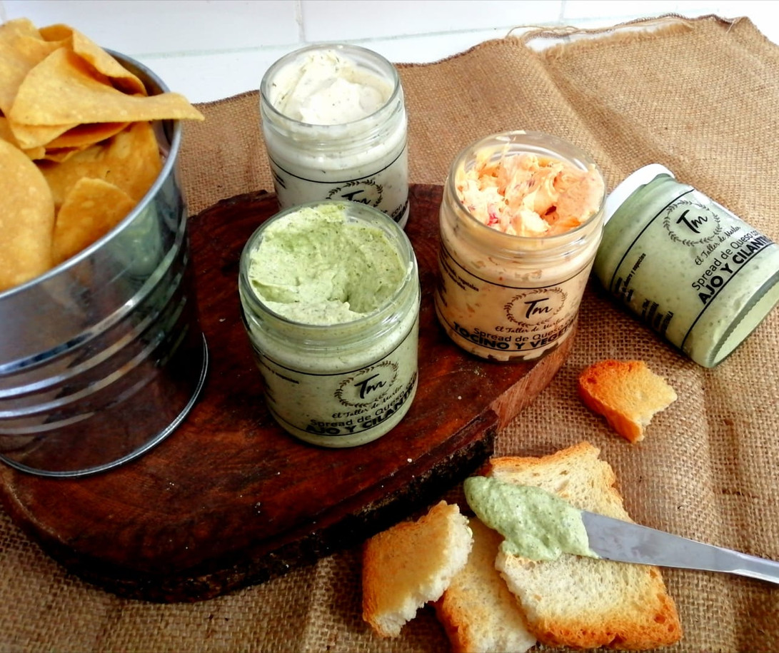 Spread de queso con Ingredientes Naturales