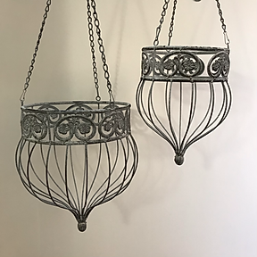 Metal Hanging Baskets