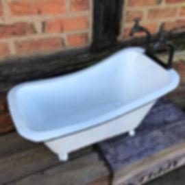 Vintage Style bath Planter