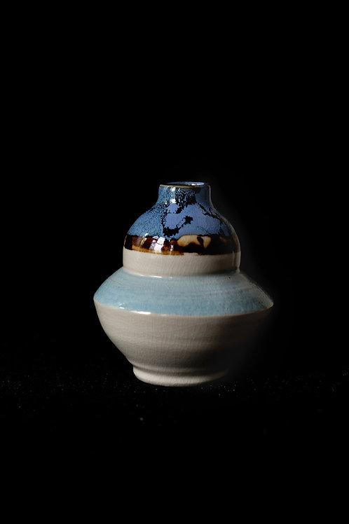 Vase - Bluetwo