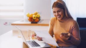 Come risparmiare sulla bolletta della luce: 5 consigli infallibili