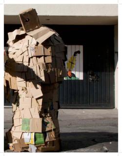 2010 PDF catalogo vestuarios escultoricos_Página_33.jpg