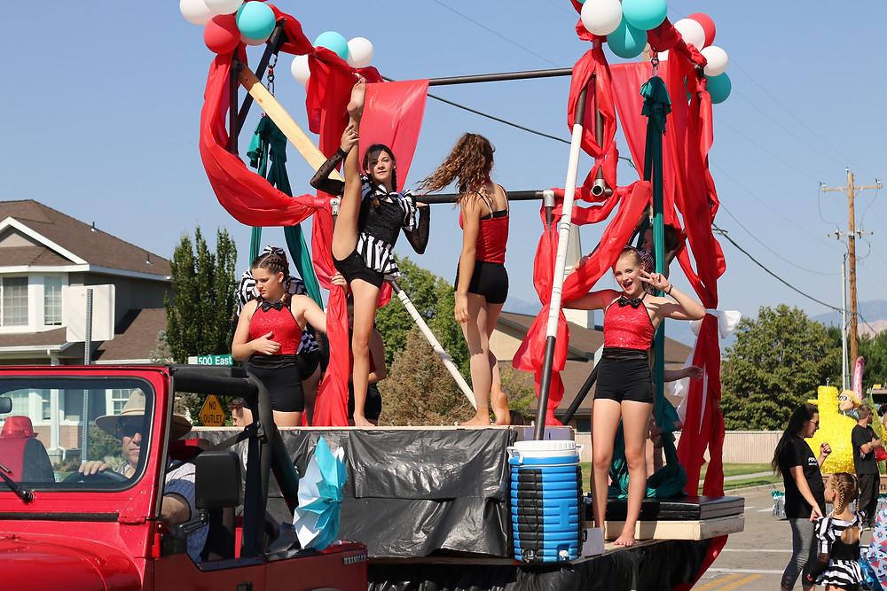 Circus Float at the Draper Days Parade 2017