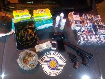 Polícia prende quatro criminosos após assalto a mercadinho em São José dos Campos