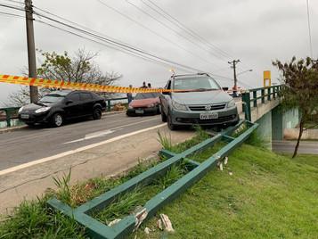 Quadrilha é presa por roubo após perseguição e acidente em São José dos Campos