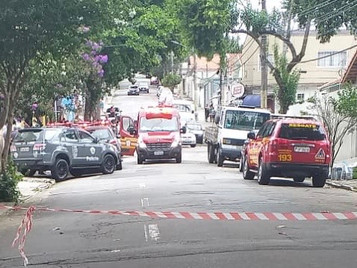 Homem é morto em troca de tiros com policiais na Vila Maria em São José dos Campos