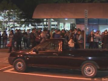 Alunos da ETEP protestam contra mudanças na grade de faculdade em São José dos Campos